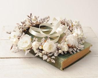 Floral Wedding Crown, Wedding Flower Halo, Bridal Hair Wreath, White Flower Crown, Wedding Hair Piece, Flower Headpiece, Bridal Halo Crown