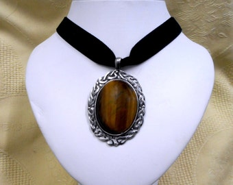 Tigers Eye Pendant necklace black Velvet Choker Gothic Victorian steampunk Scottish Celtic large healing stone jewelry womens accessories