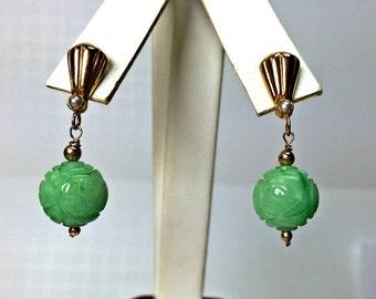SALE Carved Jade, Pearl 18k Gold Vintage Earrings, Green Jade Carved Ball 18k Earrings, Chinese Green Carved Jade, Jade