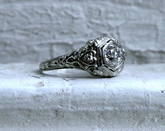 Vintage Filigree 18K White Gold Diamond Engagement Ring - 0.84ct