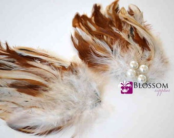1 Multi Color Cream & Tan Hackle Feather Pad with Pearls