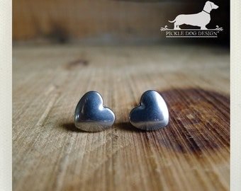 Heart. Silver Heart Post Earrings -- (Love, Antiqued Silver, Small, Simple, Vintage Style, Gray, Cute, Bridesmaid Jewelry, Gift Under 10)
