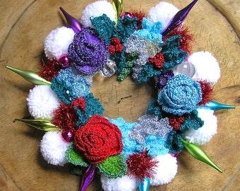 christmas door wreath / decoration