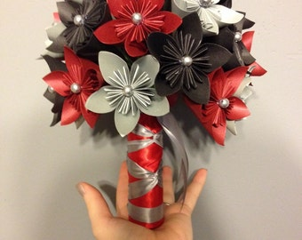 Paper flower kusudama bouquet, red and black wedding, origami, bridal bouquet, wedding fleurs, anniversary gift, birthday flowers