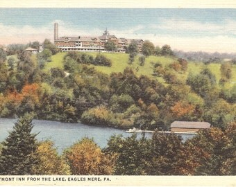 Vintage Linen Postcard...Crestmont Inn from the Lake, Eagles Mere PA.....Used...no. 2006