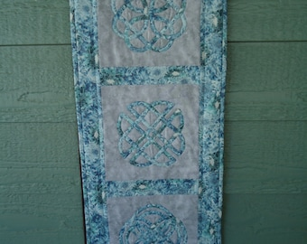 Celtic Knot Trilogy - table runner or wall hanging