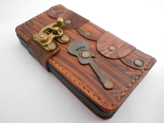 handmade leather iphone 5 case cover with guitar by smyrnacrafts. Black Bedroom Furniture Sets. Home Design Ideas