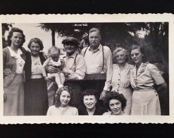Original Antique Photograph The Family Reunited