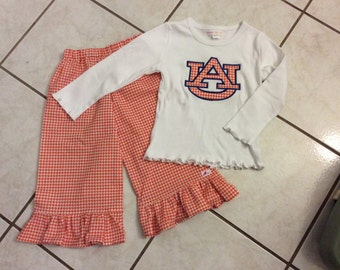 AUBURN HOUNDSTOOTH PANT set ..available in 3 sleeve options.. orange houndstooth ruffled pants  with short sleeves, long sleeves and tank.