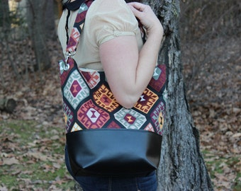 Bucket Bag Tribal Print with Black Faux Leather Bottom