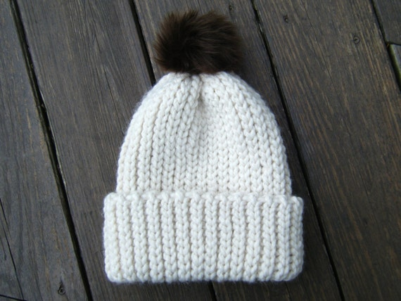 DIY Crochet Pattern: Fishtail Hat adult Chunky knit look pom