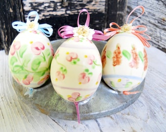 Mid Century French Country Signed Hand Painted Porcelain Easter Egg Ornaments x 3 Vintage 1970s Americana Folk Art Prairie Farmhouse Cottage
