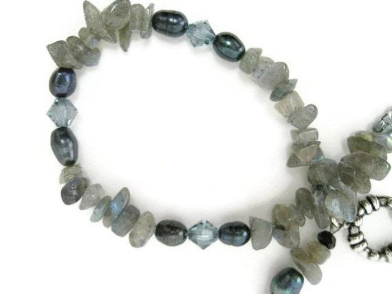 Labradorite Bracelet beaded semiprecious gemstone chip freshwater pearl swarovski crystal beadwork