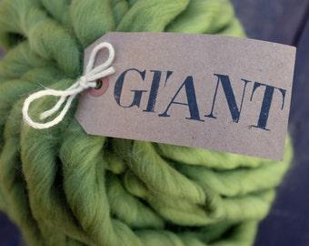 "MERINO - GIANT Handspun Yarn - 10,5 oz / 300gr - Blanket Yarn - Super Chunky Yarn - ""IVY"""