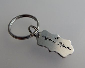 "Hand Stamped ""I love you Mom"" Key Chain / Hand Stamped Scalloped Key Chain for Mom / Mother's Day Gift"