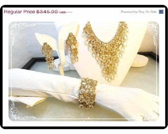Bib Necklace Parure - Vintage Drippy  Rhinestone Necklace Bracelet and Earrings  Set   Para-1215a-101012000
