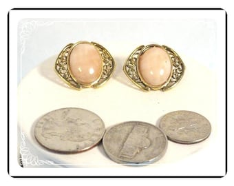 Pierced Pink Retro Earrings - Pastel Pink Glass Stone E1288a-083012000