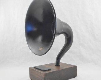 Bluetooth Wireless Speaker Utilizing an Antique Atwater Kent Horn for iPhone, iPod, iPad, Android, Tablets, and other Music Devices