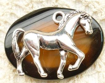 Large 3D Horse Pendant Antique Silver (1)