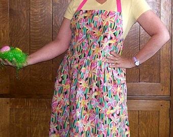 Retro Spring Apron - Daffodil Full Kitchen Apron - Size M