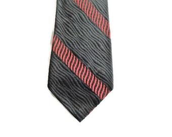 """Wavy Narrow Tie - Black & Red - 2 5/8"""" - Narrow Mens Necktie - Men's Neckties - Mens Necktie Ties"""