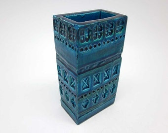 Rectangular Rimini Blu decor vase designed by Aldo Londi (Bitossi)