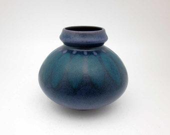 Mid Century Modern vase by KMK (Kermamik Manufaktur Kupfermühle)