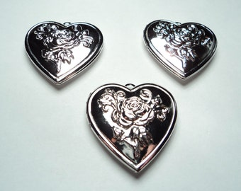 3 pcs - Silver plated Heart lockets with floral design - m24s