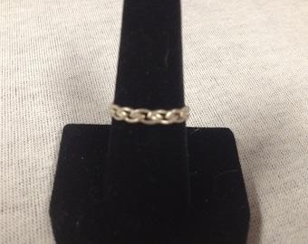 Vintage 925 Sterling Silver Link Design Ring