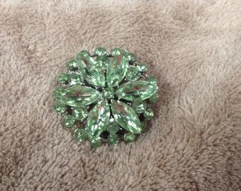 Vintage Silvertone Green Gemstone Design Pin/Brooch