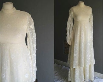 70s Edwardian Style Crochet Lace Wedding Dress 6-8 XS