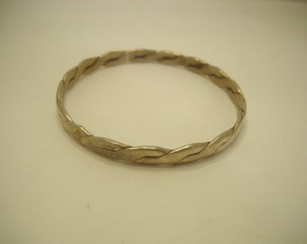 Vintage Mexican Silver Bangle Bracelet (235)