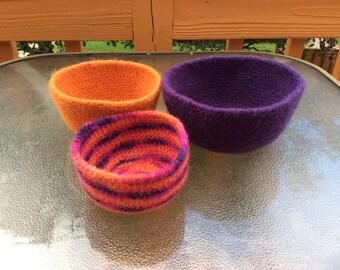 Crochet Felted Nesting Bowls