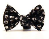 Dog Bow, Bow Tie Skulls, bowtie, skulls, Halloween Dog Bowtie