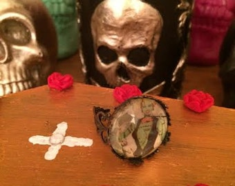 Zombie Pinup Ring