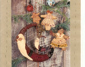 Santa, Angel Gingerbread Christmas sewing  pattern #RR35  Many Mini Years Ago Reet's Rags to Stitches Uncut
