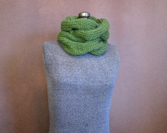 Green Chunky Cable Knit Cowl - The Harper - Grass