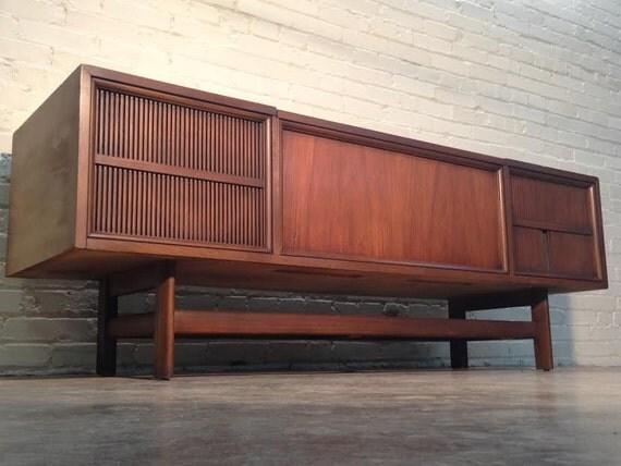Magnavox Record Player Cabinet