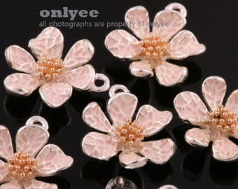 4Pcs -15mmX13mm Silver Plated over Brass Daisy with Enamel Charms Pendant-L.Pink(K643S-B)