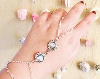 Moon Child -- Grey Stone Gems Silver Boho Hand Chain