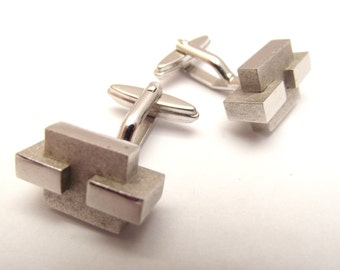 Vintage Mid Century Modern silver-tone bold abstract/geometric intersecting block cuff links