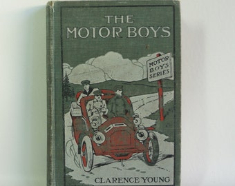 Shabby Chic Novel - THE MOTOR BOYS - 1906