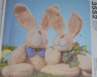 McCalls Crafts 3552 Cuddling Bunnies Sewing Pattern - UNCUT