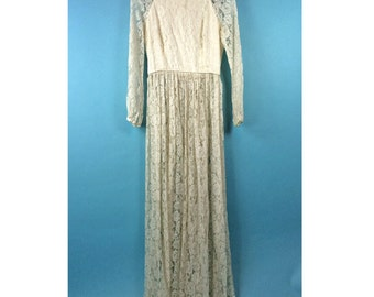 Vintage Gypsy Lace Boho Dress With Unlined Skirt