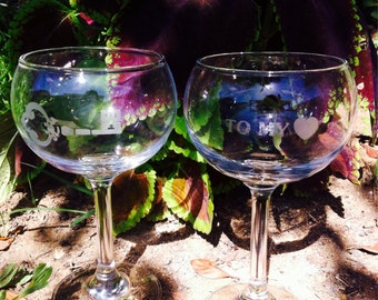 Pair of etched wine glasses- Key to my <3