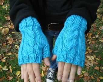 Blue Cabled Fingerless Gloves (Short)