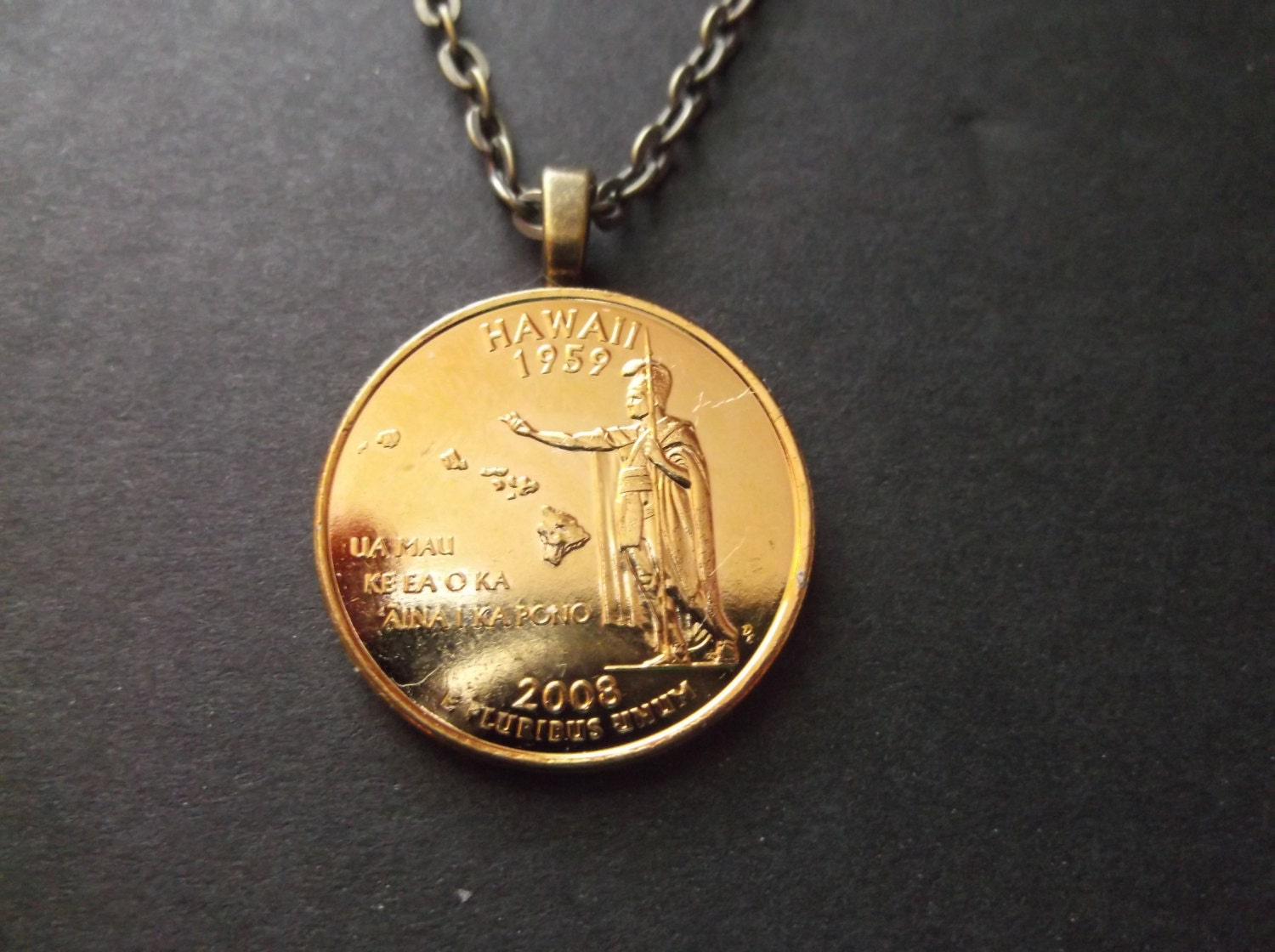 Hawaii United States Gold Colored Quarter Coin Necklace United