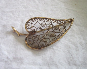 Vintage Filigree 12 K Gold Filled Autunn Leaf Brooch