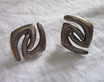 Vintage Silver Plate Modern Design Pierced Earrings