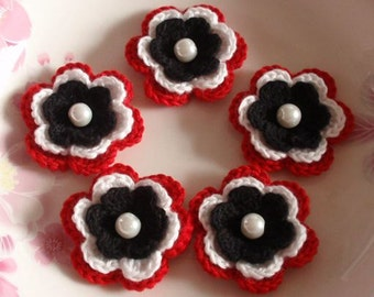 5 Crochet Flowers In Black, White, Red  YH-031-10